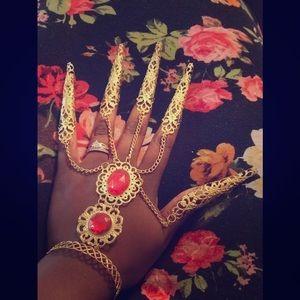 Diva Hand Jewels